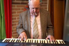 Nico op het keyboard